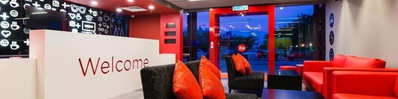 Tune Hotel – Dpulze Cyberjaya Lobby